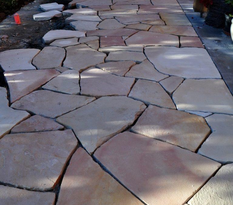Taras z kamienia – solidność i elegancja