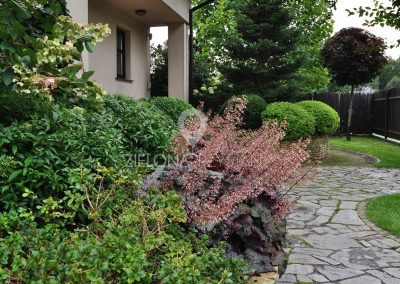 Ogródek z kominkiem